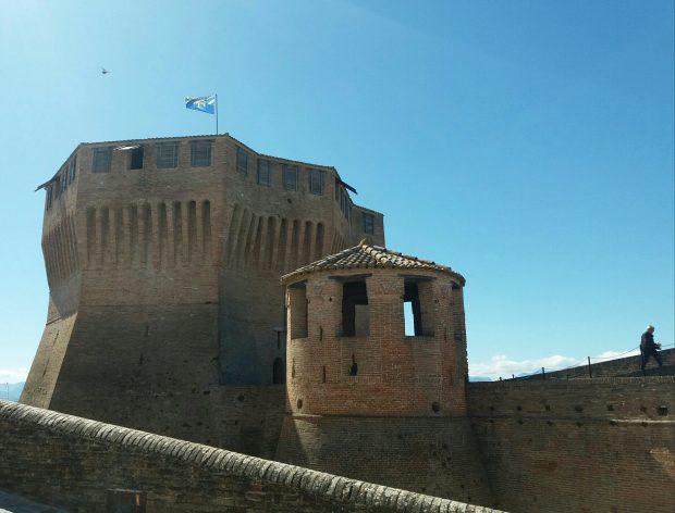 Turismo Del Movimento, A Mondavio Sventola La Bandiera Gialla