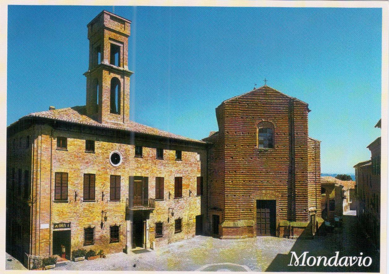 Chiesa E Comune